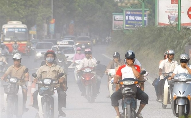 Air pollution could cost Vietnam 5% GDP, Japanese business official says