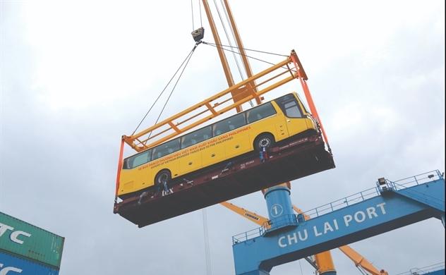 Xuất khẩu ô tô: Đích đến 100.000