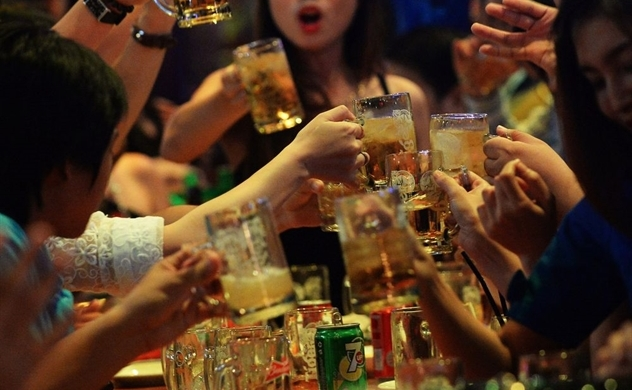 Vietnam's tough new drunk-driving law is hurting beer sales: Bloomberg