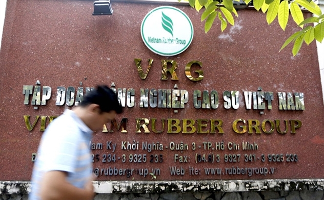 Virus risk forces top Vietnam rubber producer to seek new buyers: Bloomberg