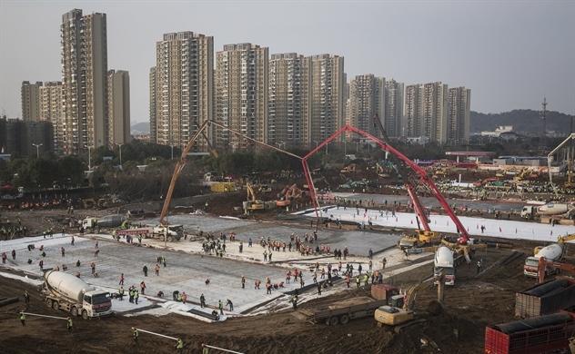 Hình ảnh Trung Quốc xây dựng siêu nhanh 2 bệnh viện đối phó virus corona