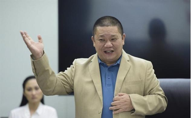 Công ty riêng của ông Lê Phước Vũ đã bán hơn 1 triệu cổ phiếu của Tập đoàn Hoa Sen