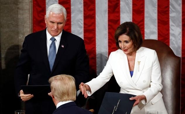 Lý do bà Nancy Pelosi, Chủ tịch Hạ viện Mỹ, xé toạc bài phát biểu của Tổng thống Trump?
