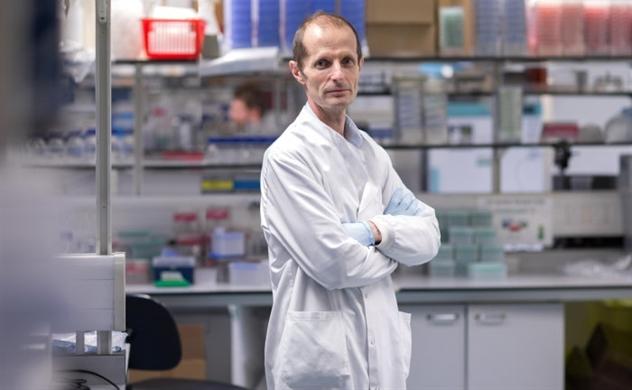 Các nhà nghiên cứu ở Anh đã phát triển vắc-xin cho virus corona chỉ sau 14 ngày?