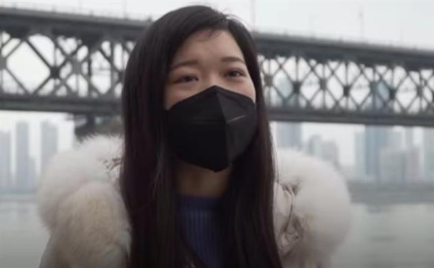 Y tá Vũ Hán tự chữa viêm phổi trong 11 ngày