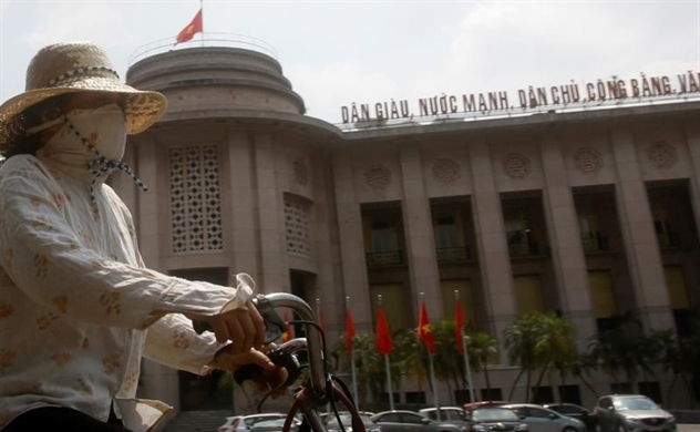 Vietnam's central bank asks lenders to support coronavirus-hit firms