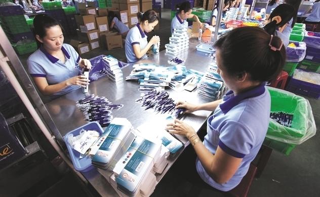 Đóng cửa trường học kéo dài tác động ra sao đến Bút bi Thiên Long?