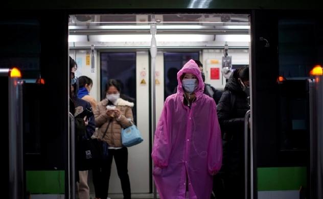 Gần 300 triệu người Trung Quốc trở lại làm việc, các thành phố dần đông đúc và bị tắc nghẽn