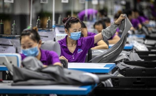 SCMP: Vì sao Việt Nam khó lòng thay thế vai trò công xưởng thế giới của Trung Quốc?