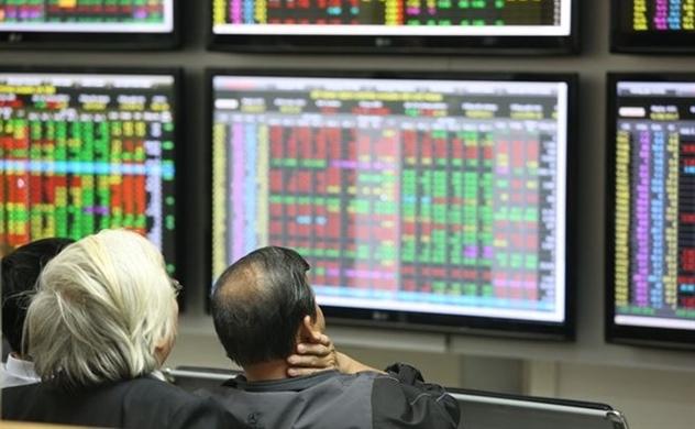 Dịch Covid-19 diễn biến phức tạp, nhà đầu tư nên làm gì?