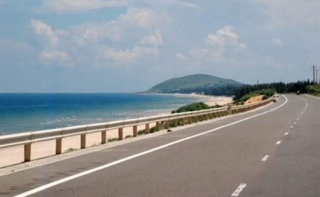 Vietnam plans to build two coastal highways under PPP mode
