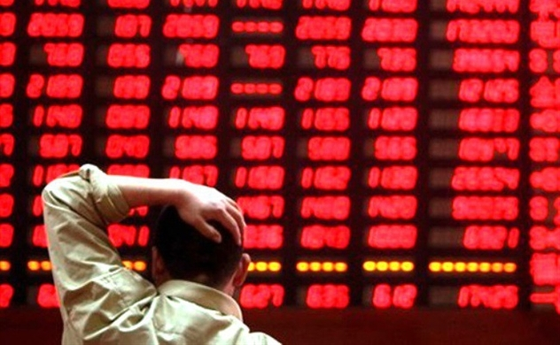 Vietnam stock plunges to two and a half-year low