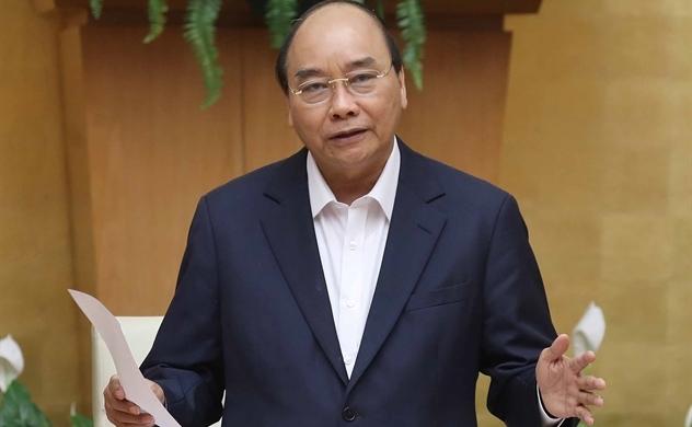 """Thủ tướng Nguyễn Xuân Phúc: """"Tôi vừa nói với Thống đốc NHNN là giảm lãi suất, tiếp tục kích cầu nền kinh tế với những gói phù hợp"""""""