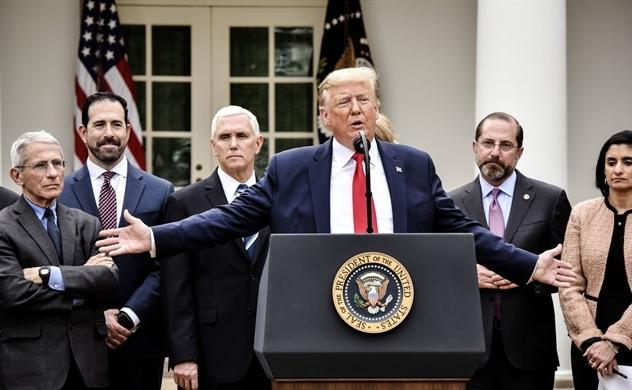 Tổng thống Trump tuyên bố tình trạng khẩn cấp quốc gia về dịch Covid-19