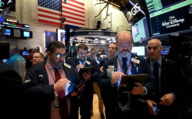 Dow Plummets Nearly 3,000 Points As Virus Fears Spread