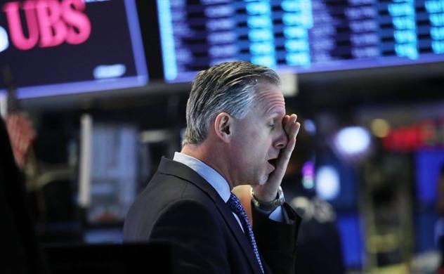 Tụt áp đầu phiên, Dow Jones giảm hơn 1.200 điểm, S&P 500 mất gần 5,5%