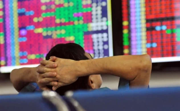 Vietnam cuts, exempts fees of 15 securities services to back market