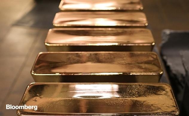 Giới tỷ phú thế giới đổ xô mua vàng vật chất trong tuyệt vọng