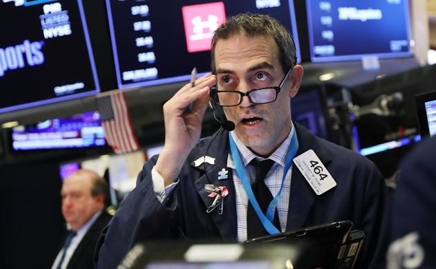 Đến lượt Dow Jones nhảy vọt hơn 1.000 điểm, chứng khoán toàn cầu đồng loạt khởi sắc