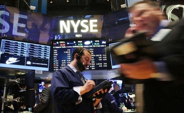Nối dài đà leo dốc, Dow Jones tăng hơn 750 điểm