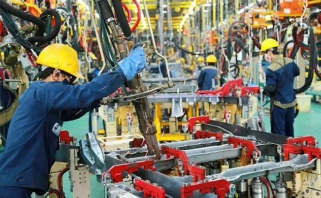 Fitch projects Vietnam's 2020 economic growth to slow to 3.3%