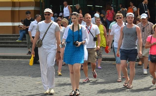 Hai kịch bản cho nguồn khách du lịch quốc tế