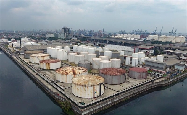 Gần như toàn bộ không gian dự trữ dầu đã bị bán sạch