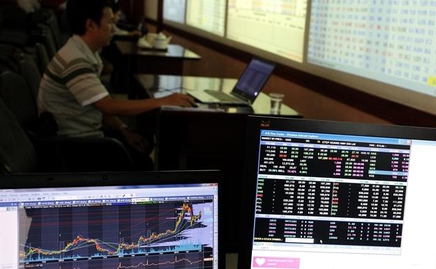 Bắt sóng đầu tư công, nhiều cổ phiếu đã