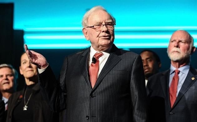 Tập đoàn của tỷ phú Warren Buffett lỗ ròng gần 50 tỉ USD trong quý I