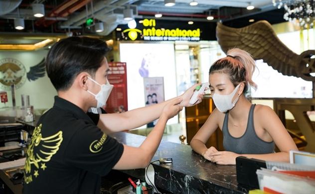 Đài CNBC: Chiến thắng dịch COVID-19, Việt Nam tránh được suy thoái kinh tế