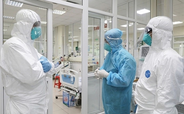 Vietnam's British coronavirus patient could undergo lung transplant