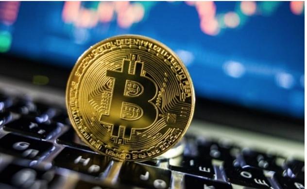 Bitcoin tăng phi mã, sắp chạm
