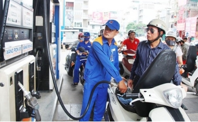 Vietnam hikes retail gasoline prices after eight adjusted-down times