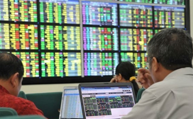 VN-Index vẫn bứt phá bất chấp thị trường châu Á giảm điểm do những lo ngại làn sóng COVID-19 thứ 2