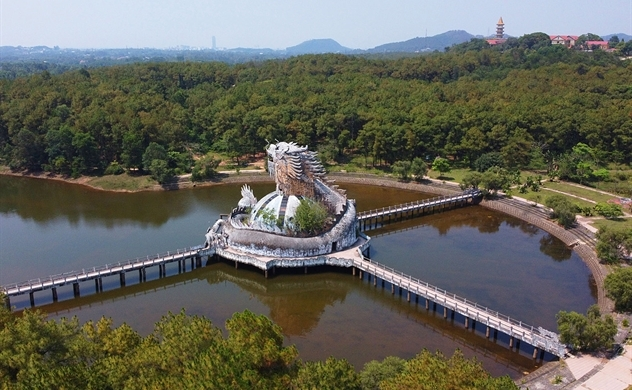 Hue's abandoned dragon water park to shed old scales