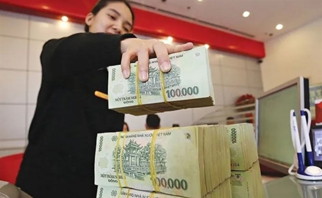 Vietnam banks' total assets slightly fall to $522 billion