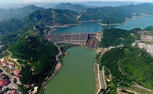 Vietnam to invest $394.6mln to upgrade Hoa Binh Hydropower plant