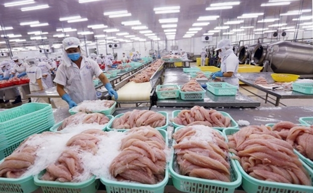 Vietnam reports Jan.-May trade surplus at $3.5 billion despite pandemic