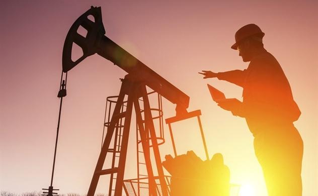 Giá dầu thô thế giới đồng loạt lao dốc không phanh
