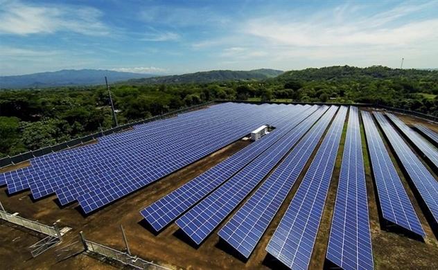 Điện mặt trời liên tục vỡ quy hoạch vì đâu?