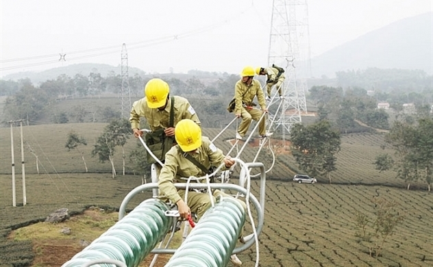 Vietnam encourages all economic sectors to join power generation