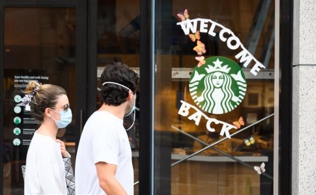 Starbucks dừng chạy quảng cáo trên các phương tiện truyền thông xã hội