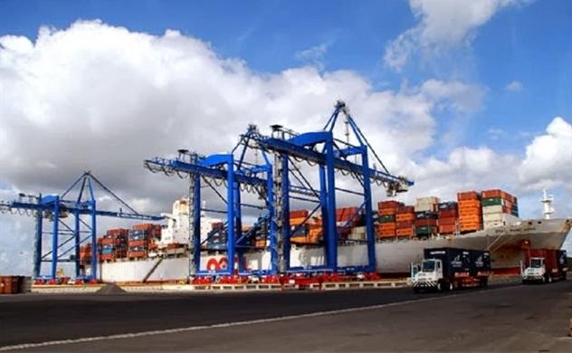Vietnam posts $4bln trade surplus in six months despite public health crisis