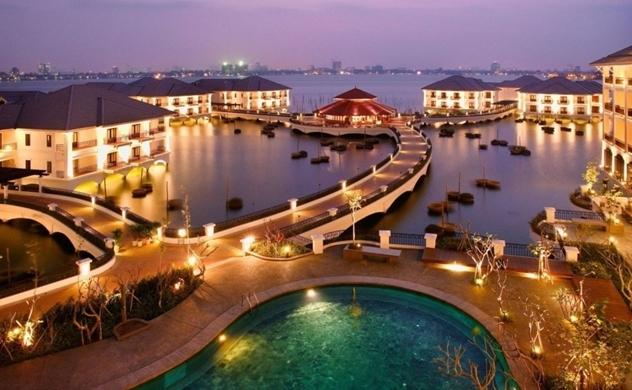 Resort, khách sạn tung ưu đãi lớn để thu hút khách nội địa