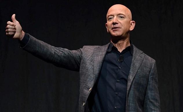 Tỉ phú Jeff Bezos đạt kỷ lục mới về giá trị tài sản