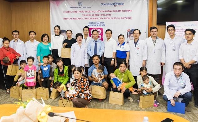 Hơn 1,1 tỉ đồng hỗ trợ chi phí cho 120 em nhỏ dị tật hàm mặt từ cộng đồng nhà hảo tâm Ví MoMo