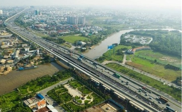 Ho Chi Minh City to develop hi-rise building along metro line