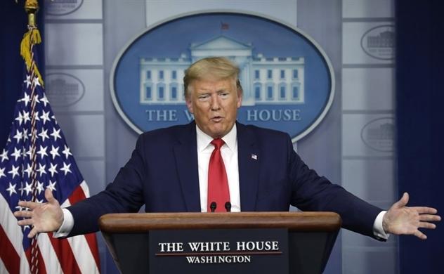 Tổng thống Trump kí thêm sắc lệnh trừng phạt Trung Quốc, đồng thời lên án ông Joe Biden