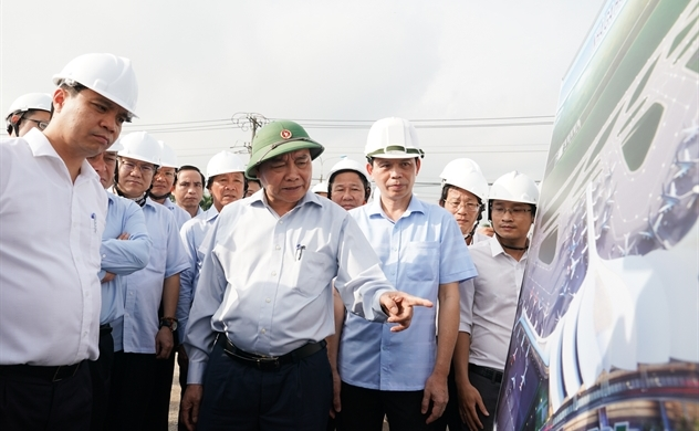 PM Phuc urges faster public investment disbursement to support growth