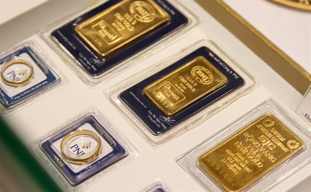 Gold breaks all-time records as prices continue to soar